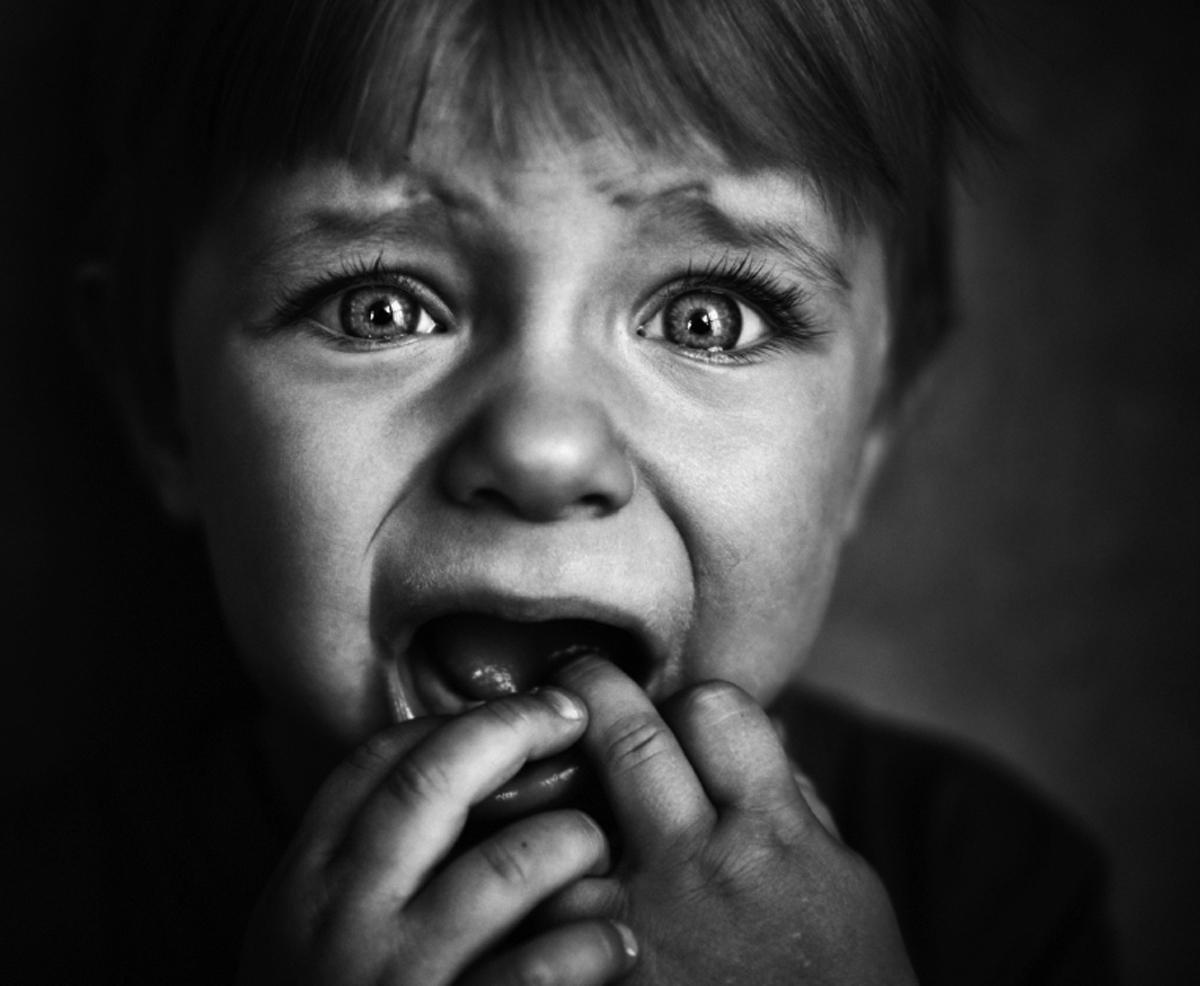 http://tabernaclefortoday.files.wordpress.com/2012/03/frightened_child_14694662.jpg